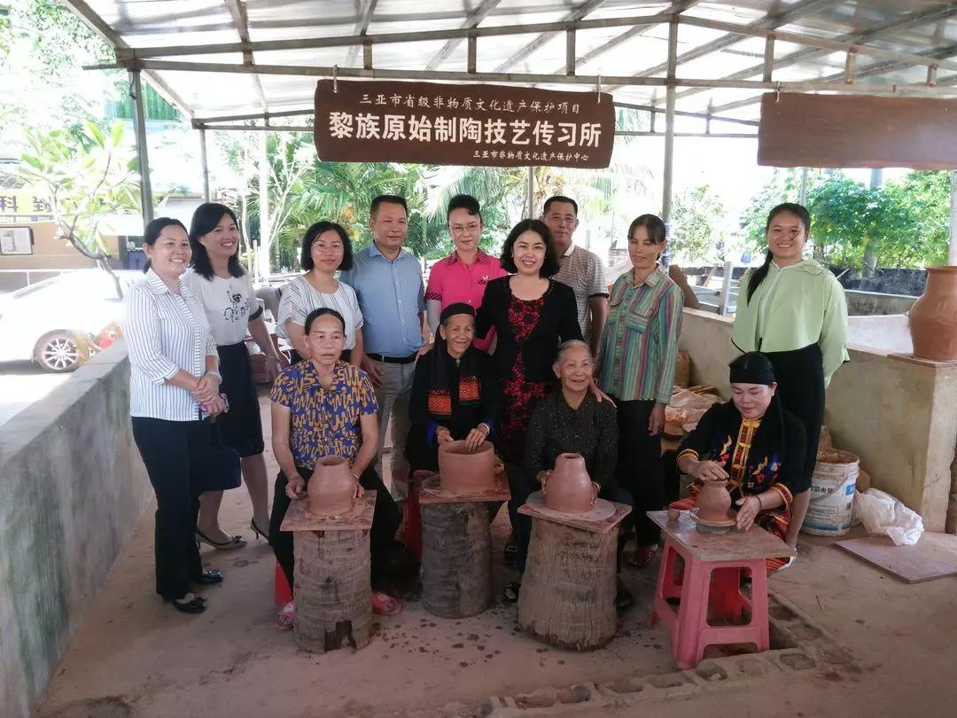 三亚市政府妇儿工委办开展基层妇女儿童工作阵地建设调研